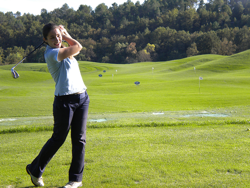 Image of Lisa Gerard Sharp playing golf in Terre Blanche